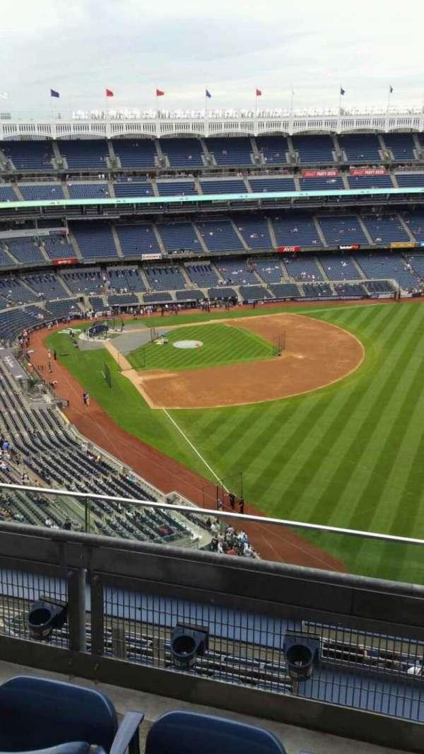 Yankee Stadium, secção: 408, fila: 3, lugar: 6