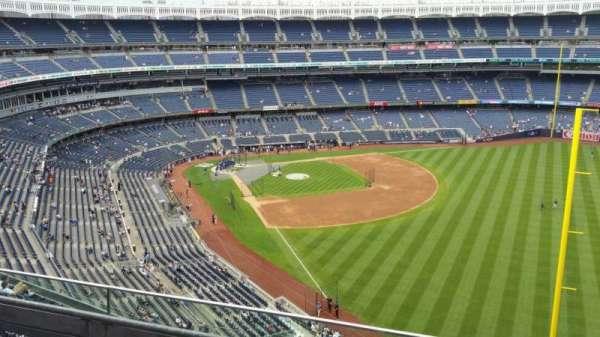 Yankee Stadium, secção: 408, fila: 3, lugar: 5