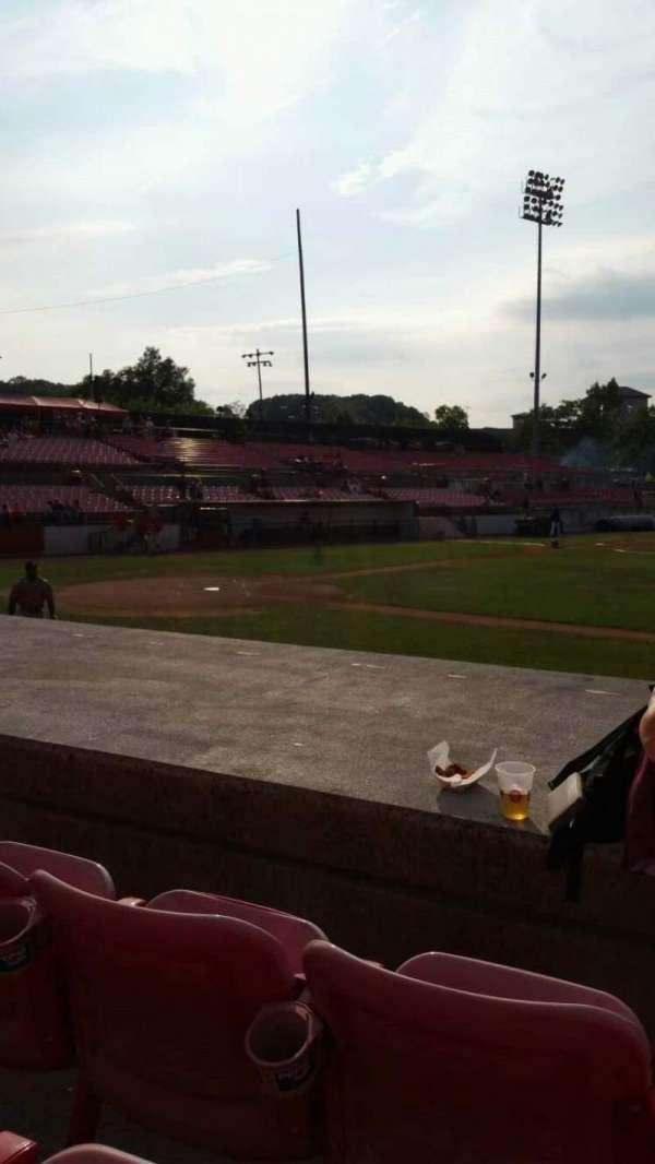Yogi Berra Stadium, secção: L, fila: 5, lugar: 9