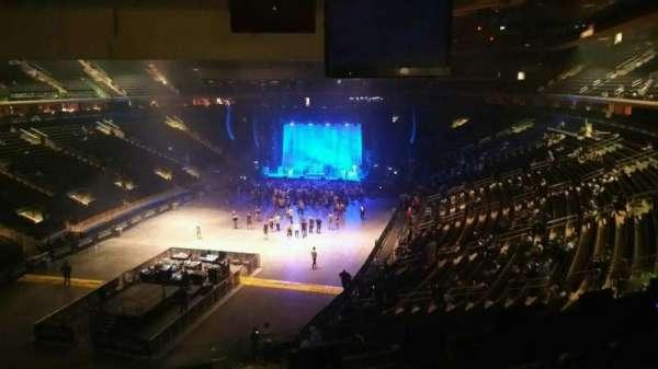 Madison Square Garden, secção: 206, fila: 5, lugar: 5