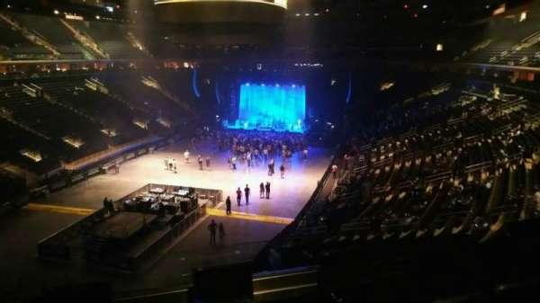 Madison Square Garden, secção: 206, fila: 4, lugar: 2