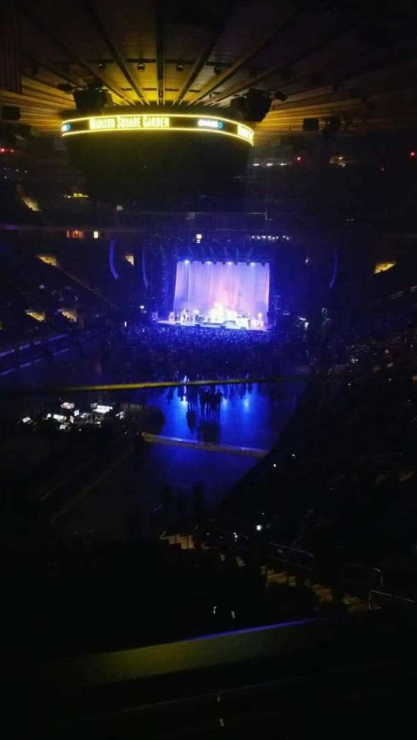 Madison Square Garden, secção: 206, fila: 1, lugar: 2