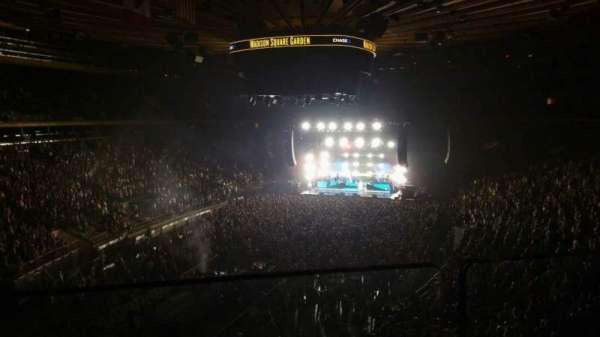Madison Square Garden, secção: 206, fila: 1, lugar: 3