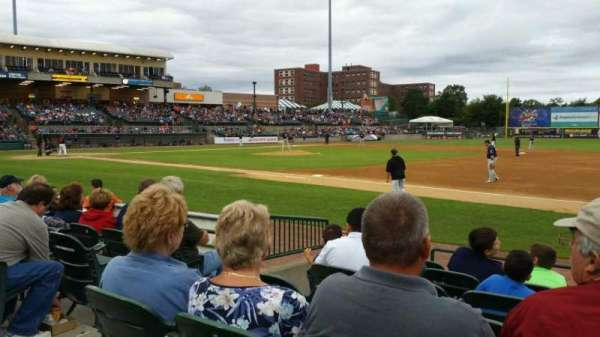Fairfield Properties Ballpark, secção: 112, fila: G, lugar: 17