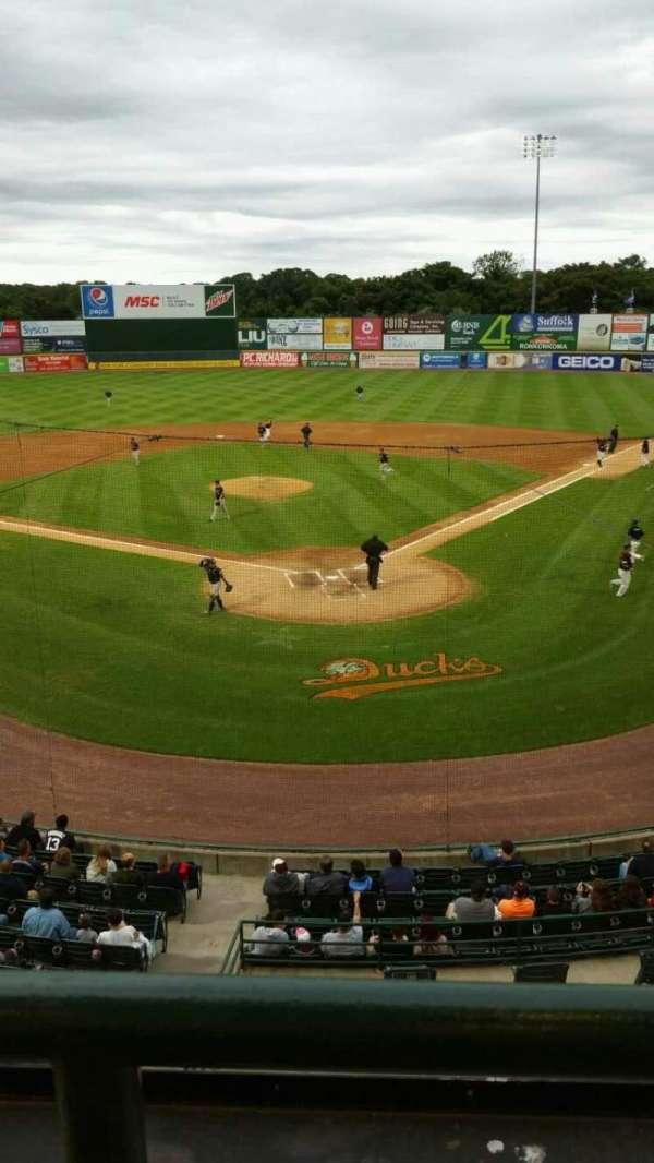 Fairfield Properties Ballpark, secção: 402, fila: A, lugar: 12