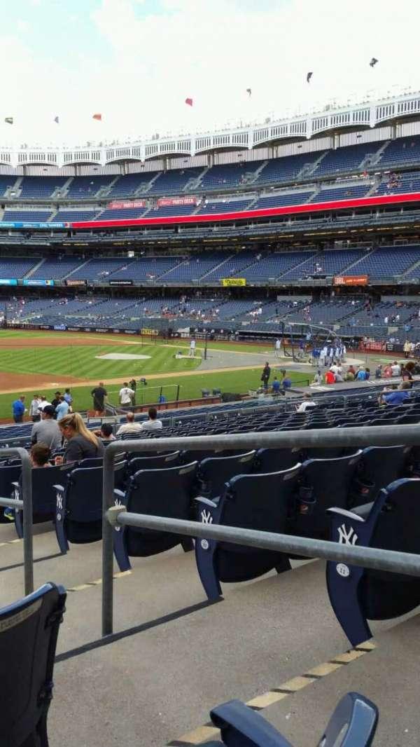 Yankee Stadium, secção: 127A, fila: 13, lugar: 2