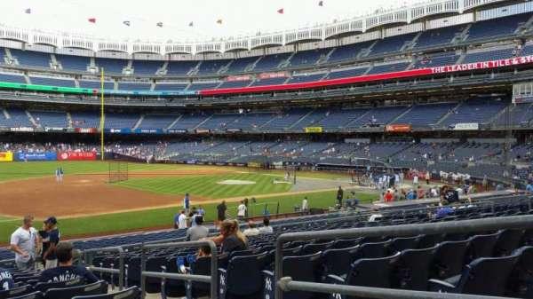 Yankee Stadium, secção: 127A, fila: 13, lugar: 3
