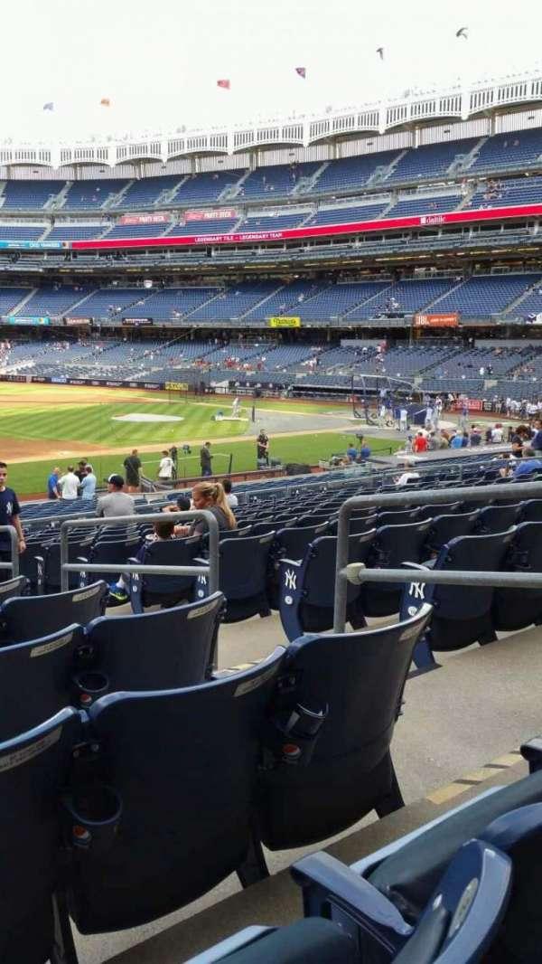 Yankee Stadium, secção: 127A, fila: 13, lugar: 4