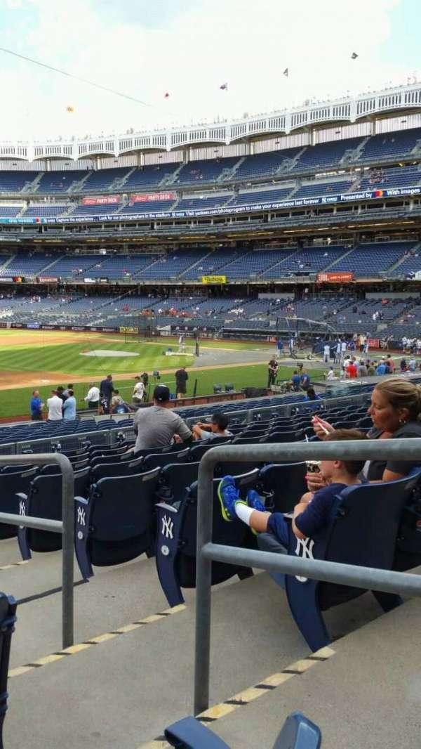 Yankee Stadium, secção: 127A, fila: 9, lugar: 2