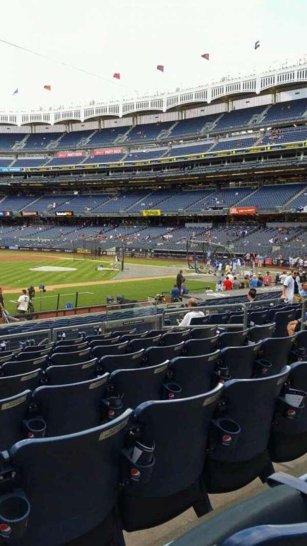 Yankee Stadium, secção: 126, fila: 8, lugar: 10