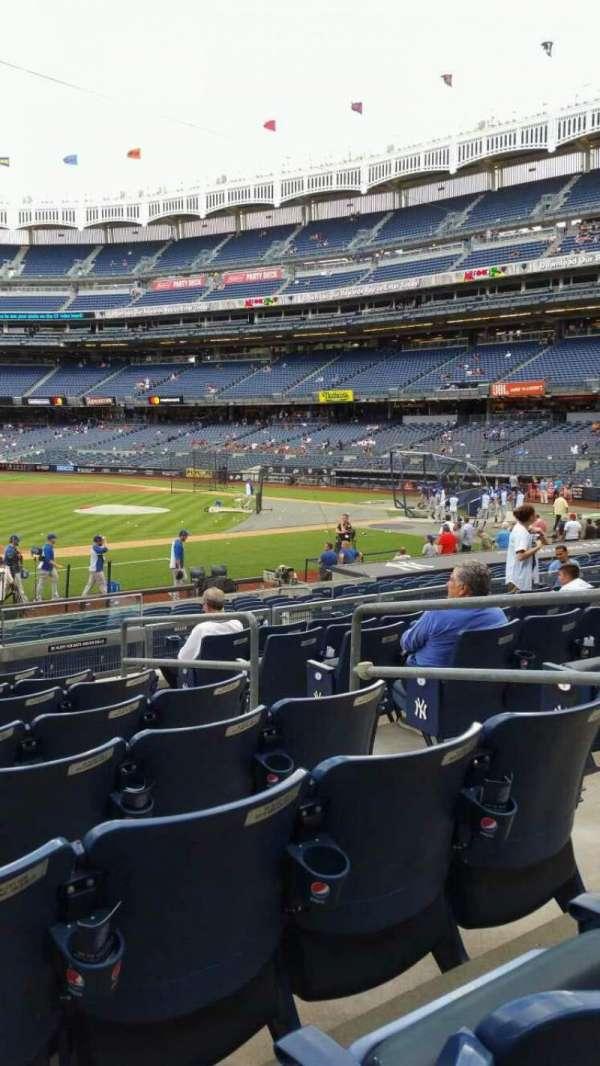 Yankee Stadium, secção: 126, fila: 8, lugar: 5