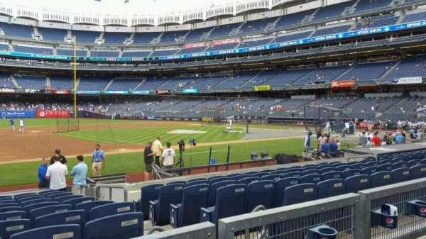 Yankee Stadium, secção: 126, fila: 2, lugar: 7