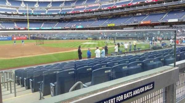 Yankee Stadium, secção: 127A, fila: 1, lugar: 1