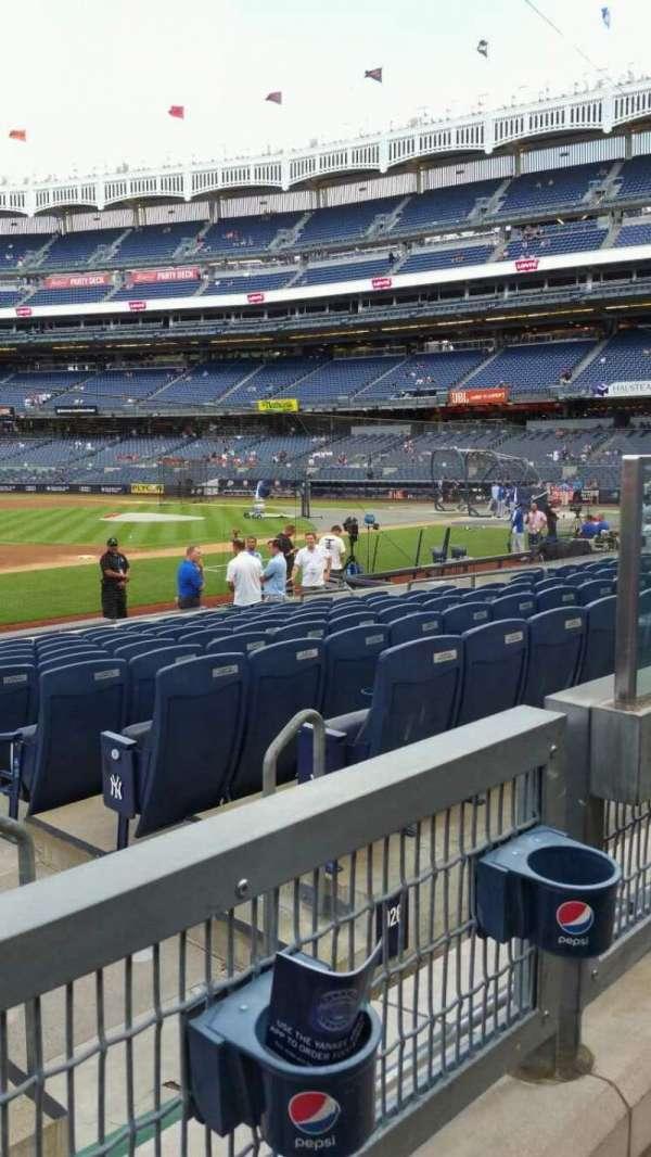 Yankee Stadium, secção: 127A, fila: 1, lugar: 3
