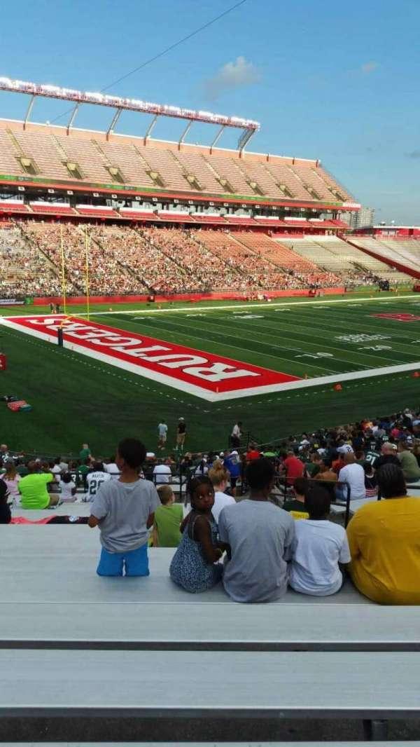 SHI Stadium, secção: 111, fila: 30, lugar: 7
