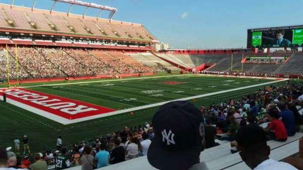 SHI Stadium, secção: 110, fila: 25, lugar: 19