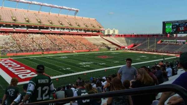 SHI Stadium, secção: 110, fila: 32, lugar: 1