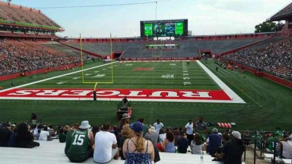 SHI Stadium, secção: 115, fila: 27, lugar: 4