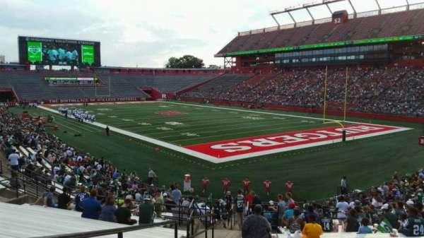 SHI Stadium, secção: 119, fila: 27, lugar: 24
