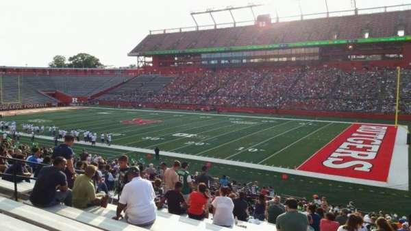 SHI Stadium, secção: 122, fila: 28, lugar: 16