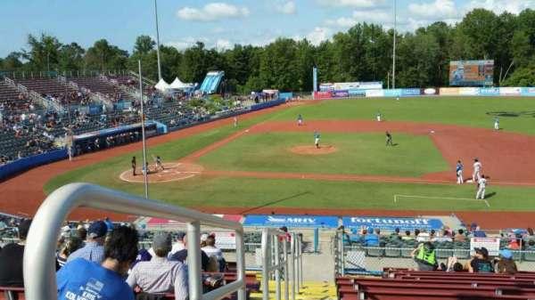 Dutchess Stadium, secção: 303, fila: N, lugar: 2