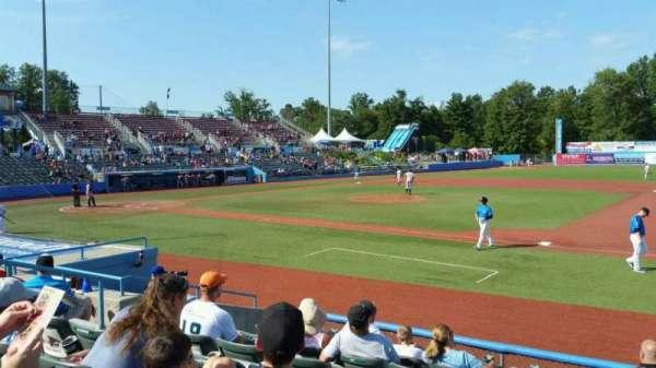 Dutchess Stadium, secção: 101.5, fila: H, lugar: 8