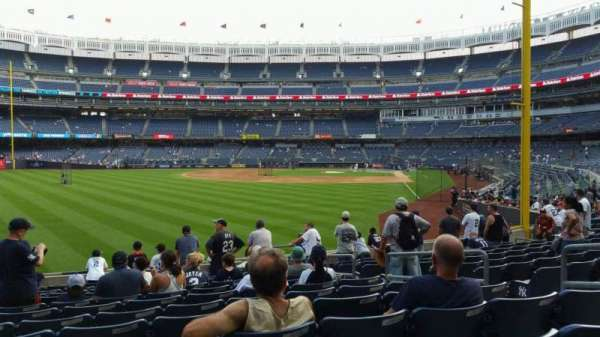 Yankee Stadium, secção: 133, fila: 12, lugar: 7