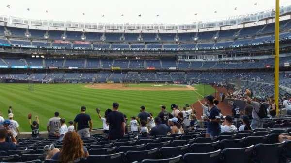Yankee Stadium, secção: 133, fila: 12, lugar: 13