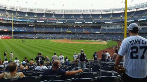 Yankee Stadium, secção: 133, fila: 13, lugar: 4