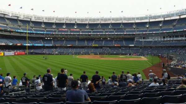 Yankee Stadium, secção: 133, fila: 15, lugar: 15