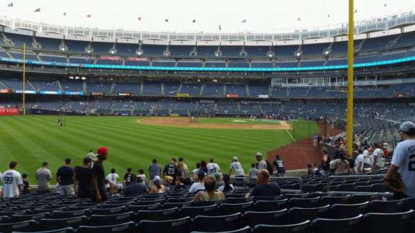 Yankee Stadium, secção: 133, fila: 15, lugar: 9