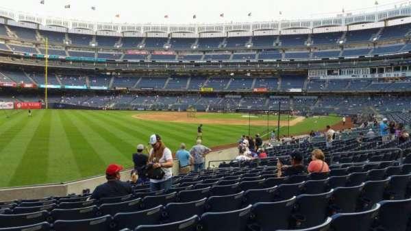 Yankee Stadium, secção: 131, fila: 13, lugar: 16