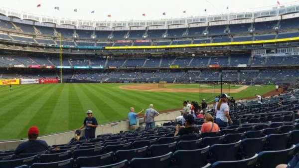 Yankee Stadium, secção: 131, fila: 13, lugar: 13