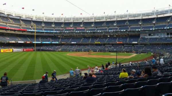 Yankee Stadium, secção: 131, fila: 19, lugar: 18