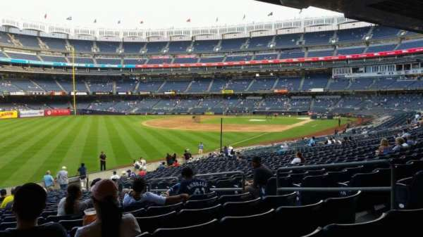 Yankee Stadium, secção: 131, fila: 23, lugar: 7