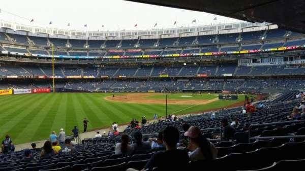 Yankee Stadium, secção: 131, fila: 23, lugar: 10