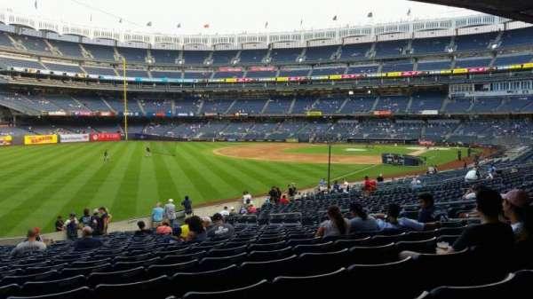 Yankee Stadium, secção: 131, fila: 23, lugar: 13