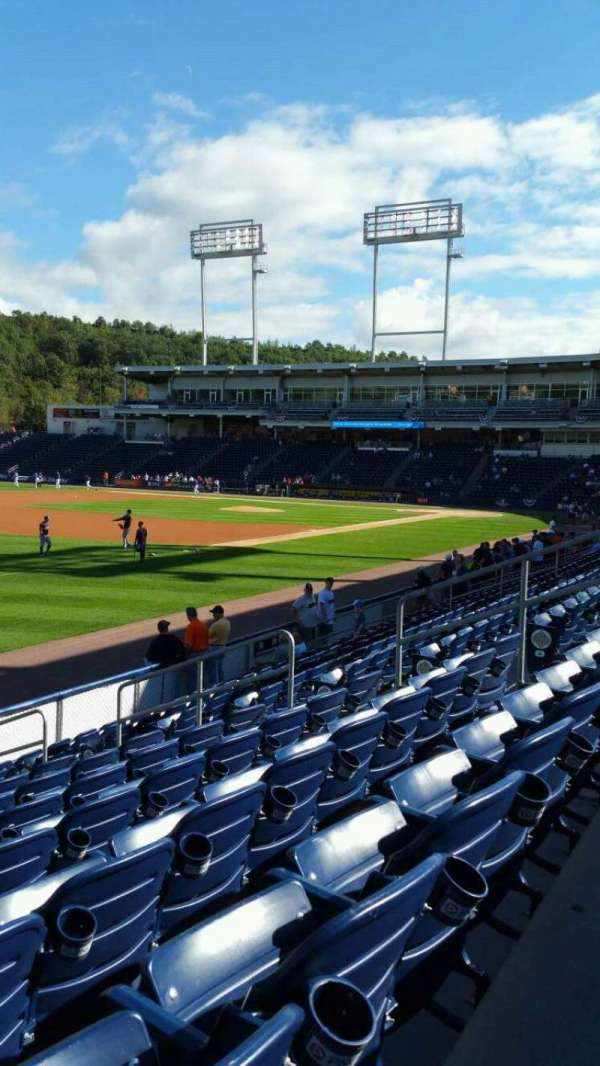 PNC Field, secção: 31, fila: 10, lugar: 12