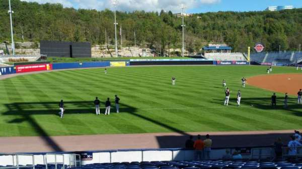 PNC Field, secção: 30, fila: 15, lugar: 12