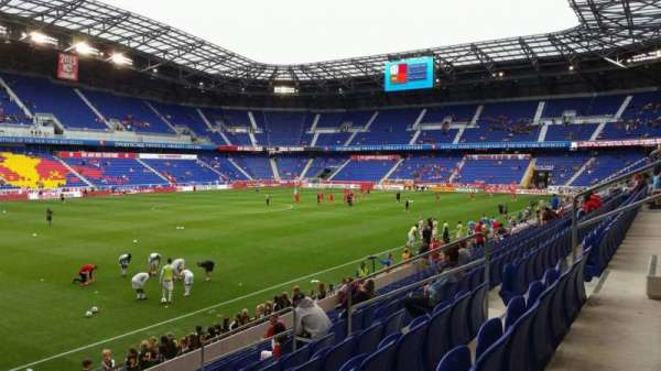 Red Bull Arena (New Jersey), secção: 113, fila: 11, lugar: 11