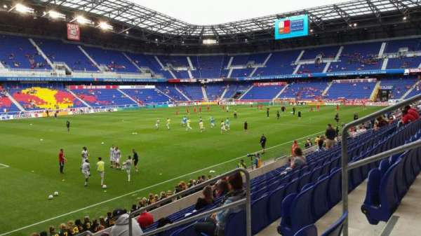Red Bull Arena (New Jersey), secção: 113, fila: 11, lugar: 5