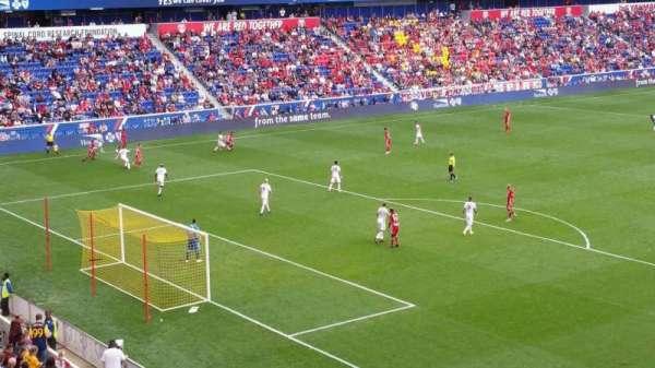 Red Bull Arena, secção: 215, fila: 1, lugar: 27