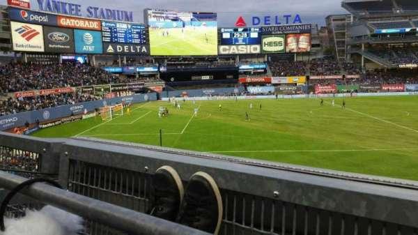 Yankee Stadium, secção: 227B, fila: 1, lugar: 9