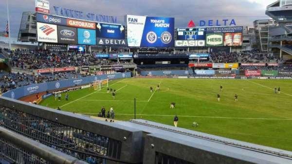 Yankee Stadium, secção: 227B, fila: 1, lugar: 10