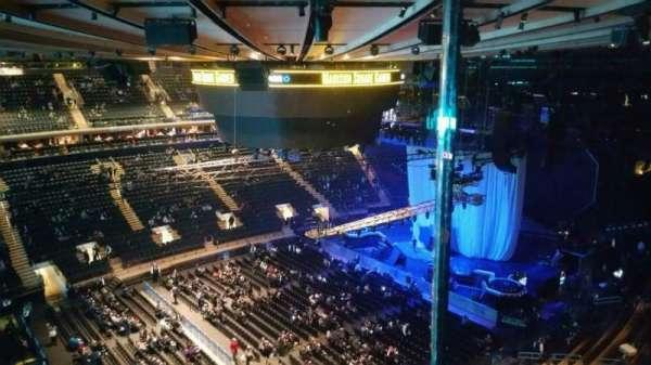 Madison Square Garden, secção: 311, fila: 1, lugar: 11