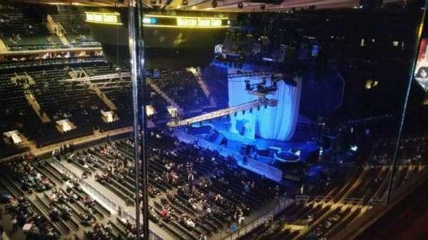 Madison Square Garden, secção: 311, fila: 1, lugar: 9