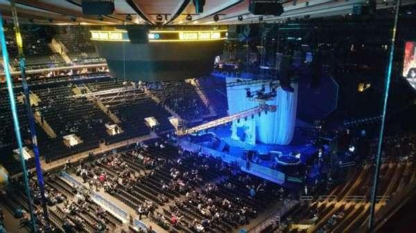 Madison Square Garden, secção: 311, fila: 1, lugar: 7