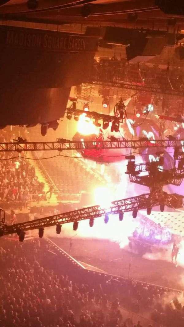 Madison Square Garden, secção: 311, fila: 1, lugar: 6