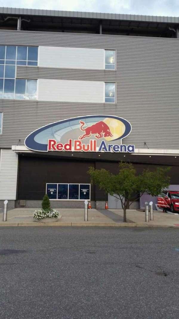Red Bull Arena, secção: EXTERIOR