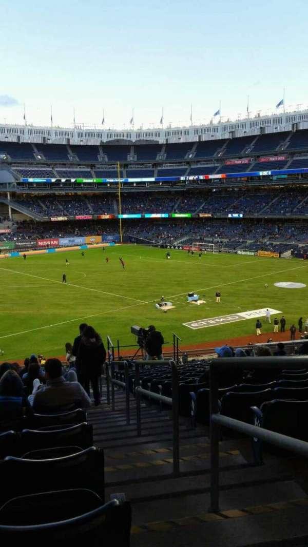 Yankee Stadium, secção: 228, fila: 19, lugar: 1